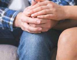 Come i partner di una coppia possono migliorare la qualità dell'intimità della loro relazione